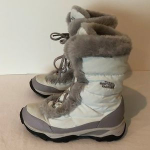 6fe125065 The North Face Womens Lace Up Snow Boots Size 6.5